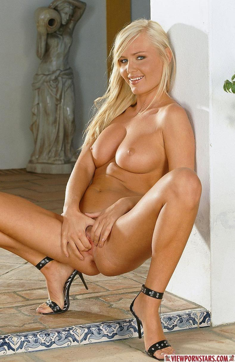 Hot blond porn